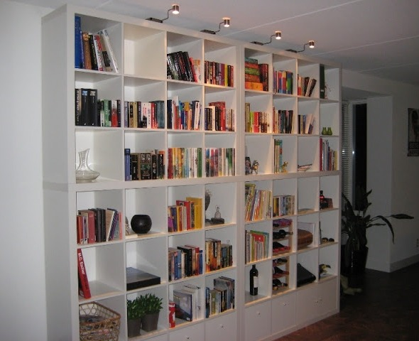 Expedit ikea fino al soffitto for Mensole ikea cubo